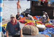 Cùng ngư dân vươn khơi