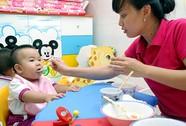 Giảm áp lực gửi trẻ từ 6 tháng tuổi