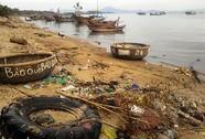"""Rác """"tấn công"""" các vịnh ở Khánh Hòa"""