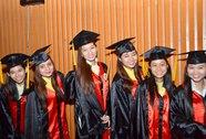 Sinh viên kẹt tại Trường ĐH Hùng Vương tốt nghiệp