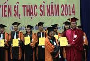 Thêm 32 tiến sĩ, 356 thạc sĩ xã hội - nhân văn