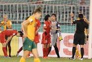 Mất vui vì trọng tài Thái Lan