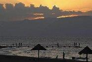 Tham vọng nối biển của Trung Đông