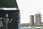 Tổng thống Ukraine mở đường trừng phạt Nga