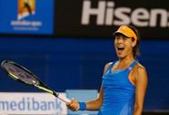 Serena - Ivanovic: Lực sĩ đấu người đẹp