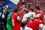 Chiếc cúp niềm tin của Wenger