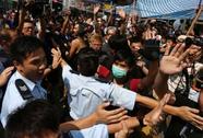 """Lãnh đạo Hồng Kông gửi """"tối hậu thư"""" đến người biểu tình"""