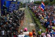 """Thái Lan: """"Áo đỏ"""" dọa lập thủ đô ở Chiang Mai"""