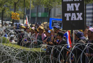 Bà Yingluck thêm lao đao vì gạo