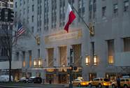 Khách sạn sang nhất New York về tay công ty Trung Quốc