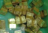 Giá vàng tăng vọt, chênh lệch còn hơn 4 triệu đồng/lượng