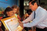 """Thêm nhiều bà mẹ được tặng danh hiệu """"Bà mẹ Việt Nam anh hùng"""""""