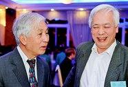 GS Trịnh Xuân Thuận nhận Huân chương Bắc Đẩu bội tinh