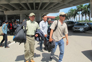 Thêm 173 lao động Việt Nam từ Libya về nước