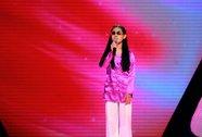 """Cô bé khiếm thị lấy nước mắt khán giả """"Giọng hát Việt nhí"""""""