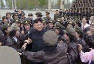 Kim Jong-un chỉ đạo diễn tập phòng không