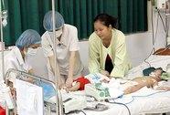 Bệnh nhân sởi ùn ùn nhập viện
