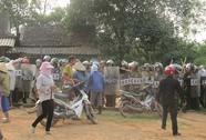 """Vụ người dân bao vây công an: Chính quyền địa phương """"làm đúng"""""""