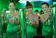 Người Việt ngập trong bia