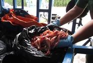 Hơn 300 kg nội tạng động vật bẩn sắp ra thị trường