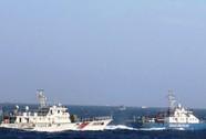 Trung Quốc tiếp tục tăng cường tàu chiến ra giàn khoan