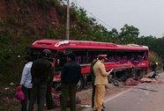 Vụ TNGT làm 6 người chết: Tài xế xe đầu kéo ra đầu thú