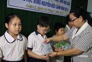 Trao 1.844 suất học bổng Nguyễn Đức Cảnh