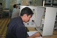 Nâng lương, nâng bậc cho 32.000 CNVC-LĐ