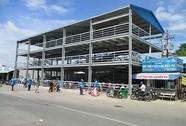Gắn biển công trình nhà để xe máy 2 tầng