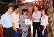 Hỗ trợ gia đình công nhân bị hỏa hoạn