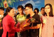 Trao 1.300 suất học bổng Nguyễn Đức Cảnh