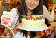 Mỹ nhân Việt mừng sinh nhật tưng bừng trên trường quay