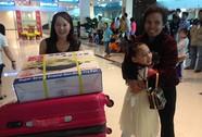 Cô dâu Việt háo hức về quê đón Tết