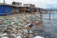 Xả rác vô tư, dân hạ nguồn lãnh đủ