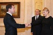 Mối quan hệ với Moscow