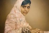 Chân dung cô bé Malala được bán với giá 82.000 USD