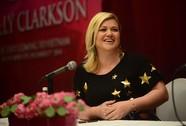 Kelly Clarkson: Hài hước và thông minh