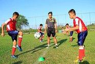 cơ hội thành cầu thủ đẳng cấp châu lục