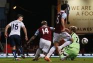 Negredo và Aguero đưa Man City vào chung kết League Cup