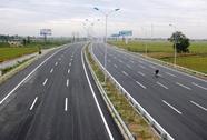 Đường Võ Nguyên Giáp từ sân bay Nội Bài về cầu Nhật Tân