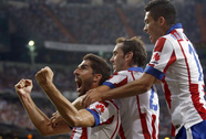 Rodriguez khai hỏa, Real bị Atletico cầm hòa ở Bernabeu