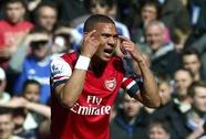 Arsenal kháng án thành công, Gibbs và Chamberlain thoát cảnh treo giò