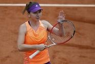 Halep đại bại trước Wozniacki, mất vé vào chung kết Stuttgart