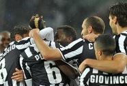 Roma thua thảm, dâng chức vô địch Serie A cho Juventus