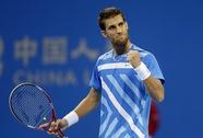 Nadal thua sốc trước Klizan, Djokovic rộng cửa vô địch
