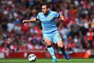 Lampard giúp Man City cản bước Chelsea