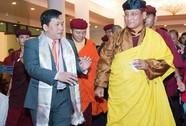 Đức Pháp vương Gyalwang Drukpa trên tàu bay VietJet