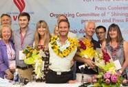 Nick Vujicic trở lại Việt Nam cùng gia đình