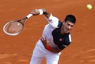 Đương kim vô địch Djokovic nhẹ bước vào vòng ba