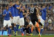 Giao hữu quốc tế: Hai ca gãy chân trước thềm World Cup